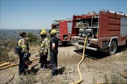 Tây Ban Nha tiếp tục sơ tán dân vì cháy rừng lan rộng
