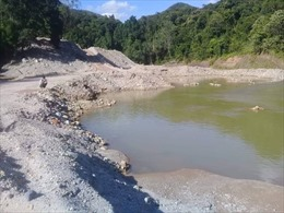 Truy quét 'cát tặc' trên sông A Lin, Thừa Thiên - Huế