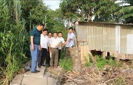 An Giang di dời khẩn cấp 27 hộ dân trong vùng sạt lở khu vực sông Vàm Cái Hố