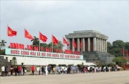 Tiếp tục tổ chức Lễ viếng Chủ tịch Hồ Chí Minh từ ngày 15/8/2019