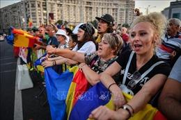 Hàng chục nghìn người biểu tình phản đối tình trạng tham nhũng tại Romania