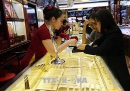 Giá vàng sáng 7/10 giảm 300.000 đồng/lượng