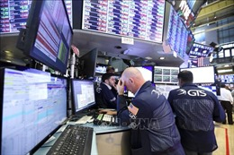 Thị trường chứng khoán thế giới đồng loạt tăng điểm