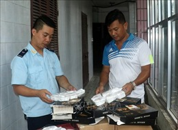 Bắt giữ 1.200 chiếc bánh Trung thu Trung Quốc nhập lậu qua biên giới