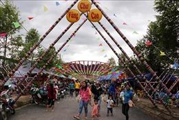 Rực rỡ sắc màu trong ngày hội của đồng bào các dân tộc ở Than Uyên