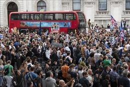 Biểu tình lớn ở Anh phản đối kế hoạch tạm ngưng Quốc hội của Thủ tướng Boris Johnson