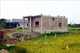 Ngang nhiên xây dựng nhà ở kiên cố trên đất nông nghiệp