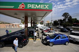 Giá dầu thế giới giảm khoảng 1% trước hoài nghi về đàm phán thương mại Mỹ - Trung