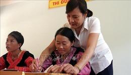 Cô giáo góp phần thay đổi cuộc sống của đồng bào dân tộc Mông ở Hang Kia
