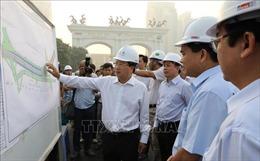 Phó Thủ tướng Trịnh Đình Dũng kiểm tra dự án giao thông trọng điểm tại Hà Nội