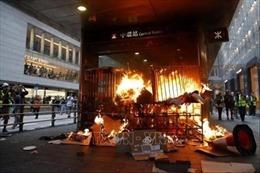 Chính quyền Hong Kong lên án các hành động quá khích của người biểu tình