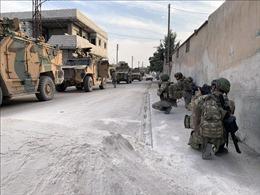 Lực lượng người Kurd đang tiếp tục rút khỏi khu vực biên giới