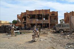 Mali: 53 binh sĩ thiệt mạng trong vụ tấn công nhằm vào doanh trại quân đội ở miền Bắc