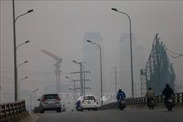 Không khí ở Hà Nội liên tục diễn biến theo chiều hướng xấu