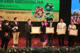 Bế mạc Chương trình gặp gỡ hữu nghị nông dân ba nước Việt Nam - Lào - Campuchia