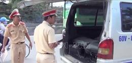 Vụ xe đưa đón làm rơi học sinh xuống quốc lộ: Đề nghị điều tra hành vi làm giả giấy phép lái xe