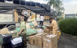 Phát hiện xe tải chở hơn 1 tấn hàng lậu