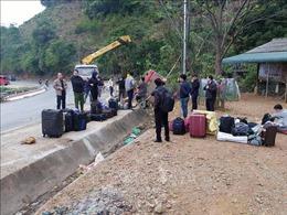 Nguyên nhân vụ xe khách bị lật trên Quốc lộ 6 ở Sơn La