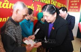 Phó Chủ tịch Quốc hội thăm và tặng quà gia đình chính sách tại Khánh Hòa
