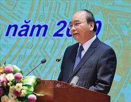 Thủ tướng Nguyễn Xuân Phúc: Tiếp tục giảm lãi suất để tạo điều kiện cho nền kinh tế phát triển