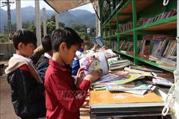 Đưa văn hóa đọc đến với học sinh vùng cao biên giới