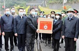 Trao tặng 350.000 khẩu trang y tế cho chính quyền Khu tự trị dân tộc Choang Quảng Tây, Trung Quốc