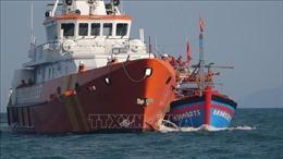 Đưa 7 thuyền viên gặp nạn trên biển về đến Đà Nẵng an toàn
