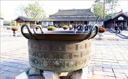 Độc đáo những chiếc vạc đồng thời chúa Nguyễn