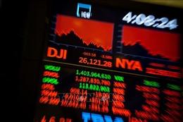 Thị trường chứng khoán Mỹ, Canada lao dốc do lo ngại dịch COVID-19
