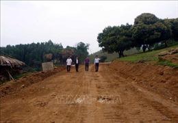 Phát huy sức dân trong xây dựng nông thôn mới ở xã 135