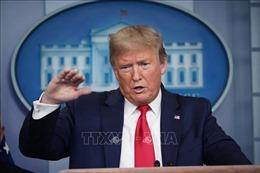 Dịch COVID-19: Tổng thống Mỹ thúc đẩy gói kích thích kinh tế 2.000 tỷ USD