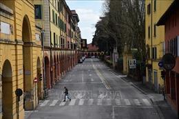 Thủ tướng Italy tham vấn các nhà khoa học về cách thức chấm dứt lệnh phong tỏa