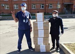 Cộng đồng người Việt ở Nga chung sức với địa phương chống dịch COVID-19