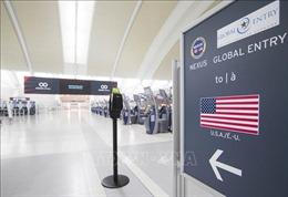 Ba nước Bắc Mỹ kéo dài lệnh cấm đi lại qua biên giới