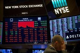 Thị trường chứng khoán Âu-Mỹ tiếp tục đi xuống