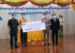 Đại sứ quán và cộng đồng người Việt tại Myanmar ủng hộ Vùng Yangon chống dịch COVID-19
