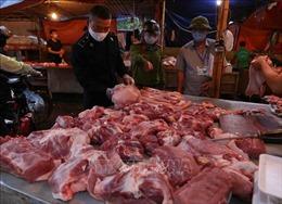 Giá thịt lợn đã giảm tại các chợ dân sinh Hà Nội