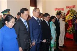 Lãnh đạo TP Hồ Chí Minh dâng hương tưởng niệm Bác Hồ tại Bến Nhà Rồng