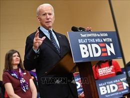 Ứng cử viên Joe Biden dẫn trước Tổng thống Trump tại 3 bang chiến địa