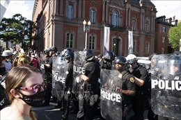Bộ trưởng Quốc phòng Mỹ phản đối sử dụng Luật Chống bạo động để trấn áp người biểu tình