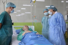 Bình phục gần như hoàn toàn, bệnh nhân phi công người Anh có thể sớm xuất viện