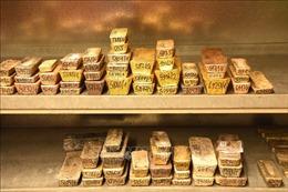 Giá vàng thế giới tăng lên mức cao nhất trong gần 8 năm
