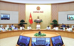 Thủ tướng: Tích cực, chủ động đưa đón công dân về nước; đón chuyên gia, nhà đầu tư vào Việt Nam