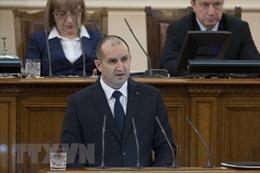 Tổng thống Bulgaria kêu gọi Chính phủ từ chức