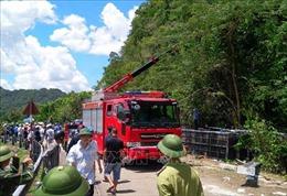 Vụ lật xe khách tại Quảng Bình: Số nạn nhân tử vong tăng lên thành 13 người
