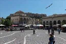 Hy Lạp bắt buộc đeo khẩu trang tại nơi công cộng ngoài trời