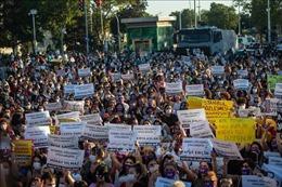 Biểu tình tại Thổ Nhĩ Kỳ phản đối bạo lực gia đình