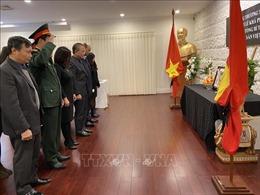Đại sứ quán Việt Nam tại LB Nga và Australia tổ chức Lễ viếng nguyên Tổng Bí thư Lê Khả Phiêu