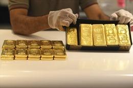 Giá vàng châu Á vẫn trên ngưỡng 1.900 USD/ounce