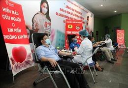 'Chiến sĩ áo trắng'tích cực tham gia hiến máu vì sức khỏe cộng đồng